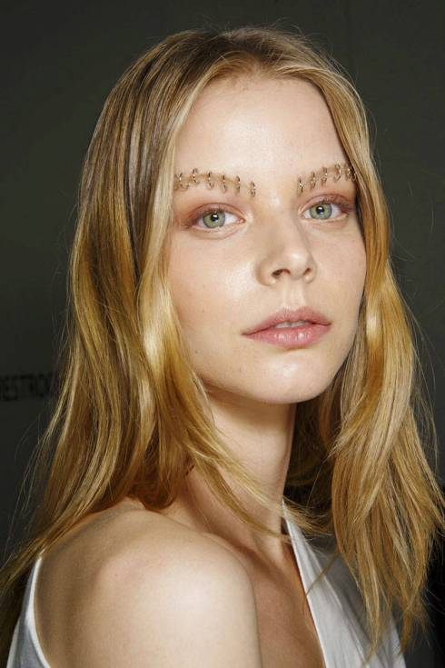 elle-eyebrows-spring-2015-rodarte-02-xln-xln