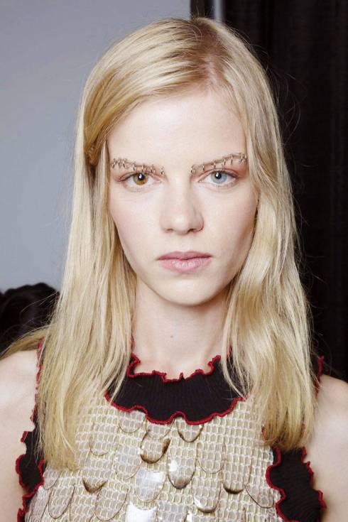 elle-eyebrows-spring-2015-rodarte-03-xln-xln